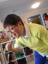 Dr Choo tooth brushing sample